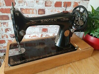 Vintage Singer 66K Hand Crank Y7946873 Serviced-Video-Working