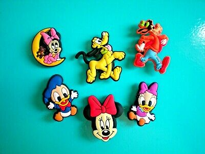 Garden Clog Holes Shoe Charm Minnie Mouse Goofy Plug Button Pins Fit WristBand
