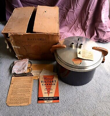 Vintage 1941 Blue Porcelain Enamel National Victory Canner WWII W/Book Hang Tags