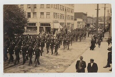 ASTORIA OREGON - 4TH OF JULY PARADE Commercial St & 8th RPPC Real Photo Postcard