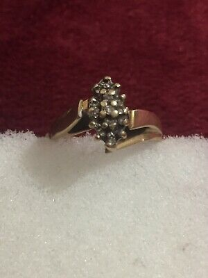 10 Kt Yellow Gold Ladies Diamond Ring Scrap Or Wear Size 7