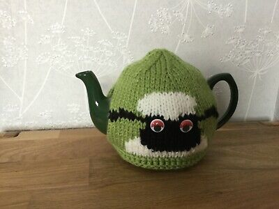 Shaun the Sheep Hand Knitted Tea Cosy / cosie  Great Gift.