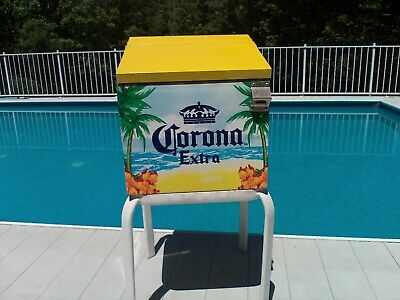 Corona Metal Cooler / Ice Chest EXCELLENT/RARE!