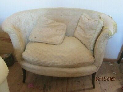 Antique Victorian small Settee/couch  pick up 06759