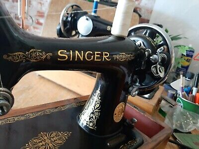 Singer 99k hand crank sewing machine EC568593  immaculate sews leather