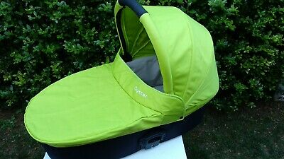 BabyStyle Oyster 1 / 2 / Max CARRYCOT + 2 colour packs BLACK and LIME + raincove