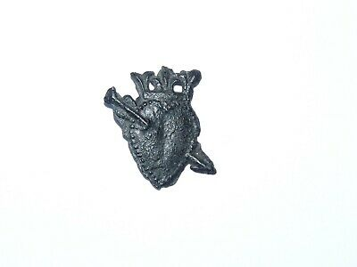 Medieval Pilgrims Badge depicting a Crowned Sacred Heart Old English Collection