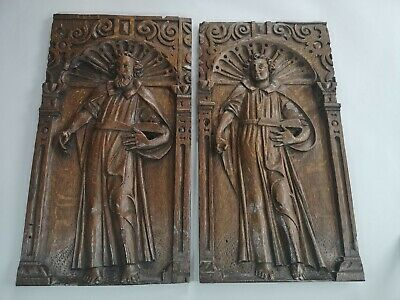 18th Century Pair Of Antique Carved Panels Depicting Saints