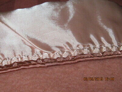 Vintage Bright Pink Thick Acrylic Blanket 86X75  Vgc