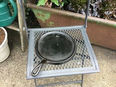 "Vintage #8 Cast Iron Griddle 9 1/2"" Round"