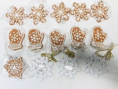 14 Snowflake and Oven Mitts Christmas Tree Ornaments