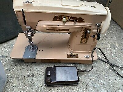 VINTAGE Singer Sewing Machine Model 503a with Foot Pedal No Power Chord