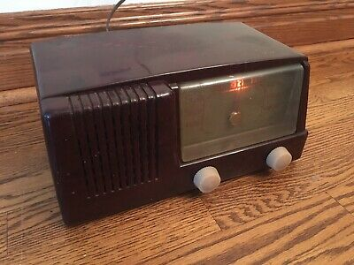 RECAPPED! 1950's GENERAL ELECTRIC GE MODEL 400 TUBE RADIO WORKS!