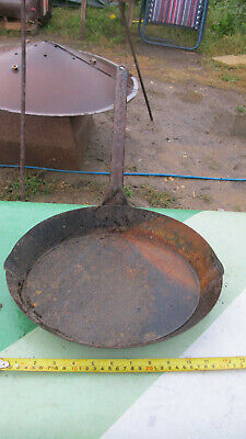 Antique Romany Gypsy frying pan fire top skillet