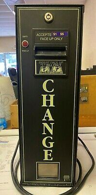 American Changer AC-300 Accepts 1's & 5's