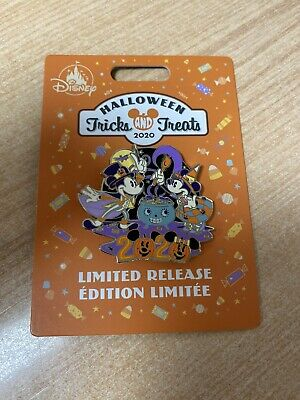 Pin Halloween Tricks And Treats 2020 Limited Released Wdw Disney Disneyland
