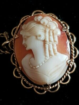 Vintage 9ct gold cameo
