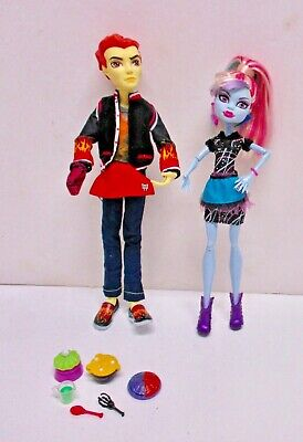 Monster High Home Ick Classroom Partners 2 Pack Abbey Bominable & Heath Burns