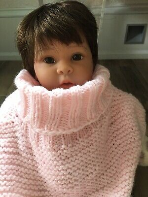 Handmade winter warm neck scarf for baby, unisex, comfortable and easy to put on