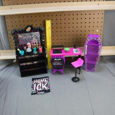 Monster High Home Ick Classroom Playset not complete
