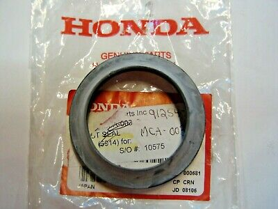 51335-001-000 NOS Honda Front Fork Dust Seal C70 CH150 S65 SA50 CT200 CT90 Y839n