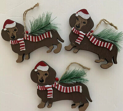 Dachshund Christmas Holiday Fringe Ornament Red /& White Checker Sweater NEW