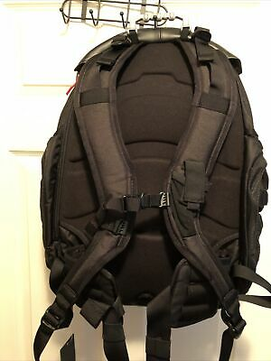 Brand New With Tags Oakley Kitchen Sink Lx Designer Backpack Black 921018 013 150 00 Picclick