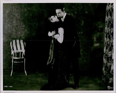 RUDOLPH VALENTINO Color Tinted RARE Photo From BLOOD /& SAND 177-e