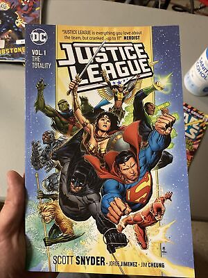 2018 JUSTICE LEAGUE TP VOL 1 THE TOTALITY TPB REPS 1-7