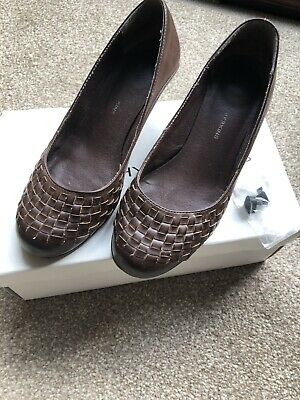 Vintage Heeled Shoes Sze 4 Frm Dorothy Perkins Chocolate Faida Interwoven Detail