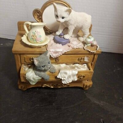 Pet Tales Cats on Dresser Music Box Figurine Is there room for Me Melody