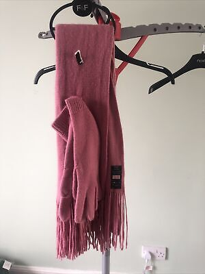 Soft and Warm F&F Pink/salmon Scarf and Gloves Set bnwt