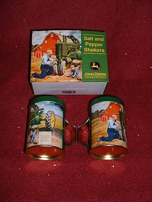 "2006 Issue JOHN DEERE ""Collectible"" Diecast Metal  SALT & PEPPER Tin Set"