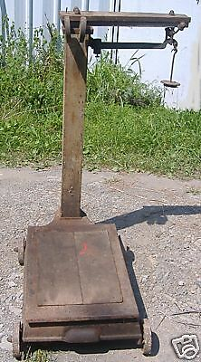 OSGOOD ANTIQUE FEED STORE PLATFORM SCALE
