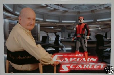 Gerry Anderson : NEW CAPTAIN SCARLET PHOTO WITH GERRY ANDERSON