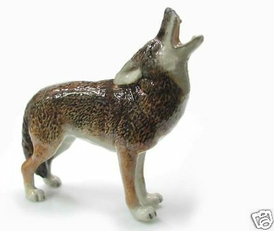 R019 - Northern Rose Miniature - Howling Coyote
