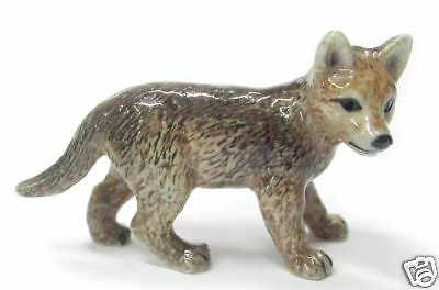 R228 Northern Rose Minature- Grey Wolf Cub