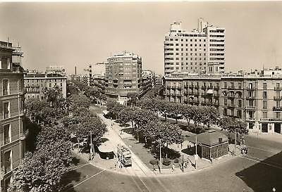 Cp Photo Grand Format Barcelone Place D'urquinaona
