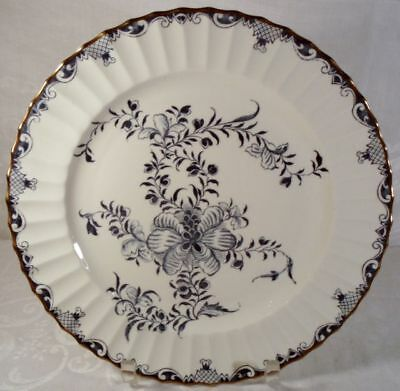 Royal Worcester Mansfield Dinner Plate