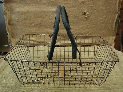 Vintage Metal Wire Basket > Antique Old Bucket Shabby