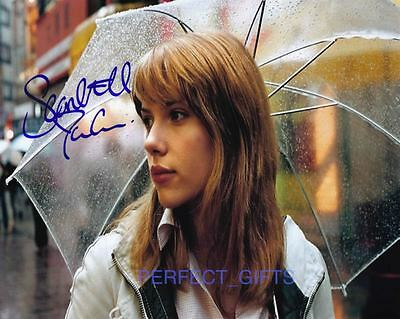 SCARLETT JOHANSSON SIGNED PP PHOTO lost in translation