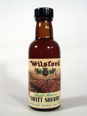 Miniature circa 1965 Wilsford Royal Reserve Sweet Sherry Isle of Wine