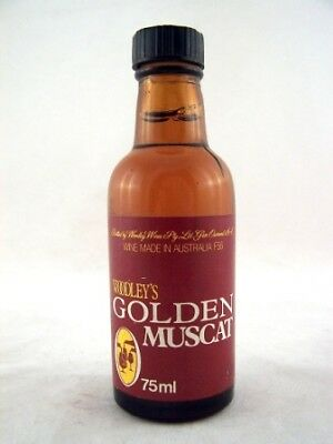 Miniature circa 1975 Woodleys Golden Muscat Isle of Wine