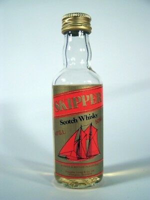 Miniature circa 1978 Skipper Whisky Isle of Wine