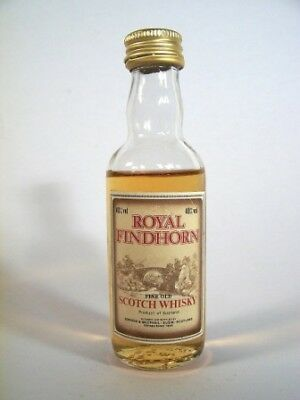 Miniature circa 1976 Royal Findhorn Scotch Isle of Wine