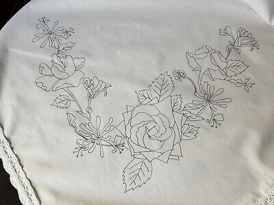 Tablecloth to embroider with lace edge flowers Honeysuckle & Roses cotton CSOOO6