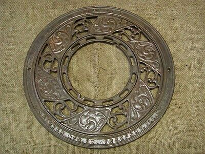 Vintage Ornate Cast Iron Register Grate   Antique Old Shabby Round Garden 6679