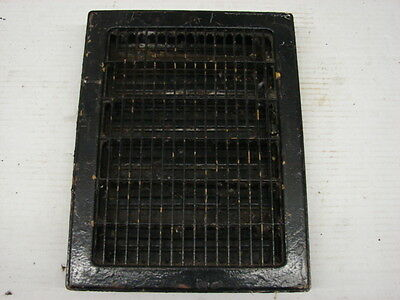 Vintage 1920S Iron Heating Grate Rectangular Design 14 X 10.75