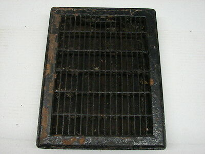 Vintage 1920S Iron Heating Grate Rectangular Design 13.75 X 11.75 A