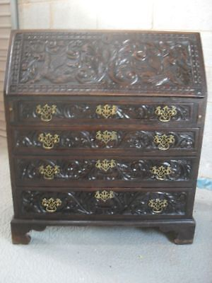 Georgian carved Oak bureau chest/desk